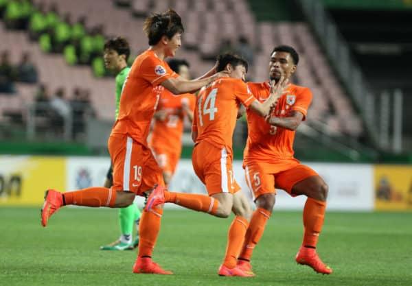 Прогноз на футбол ХэнаньЦзянье-ШаньдунЛунэн